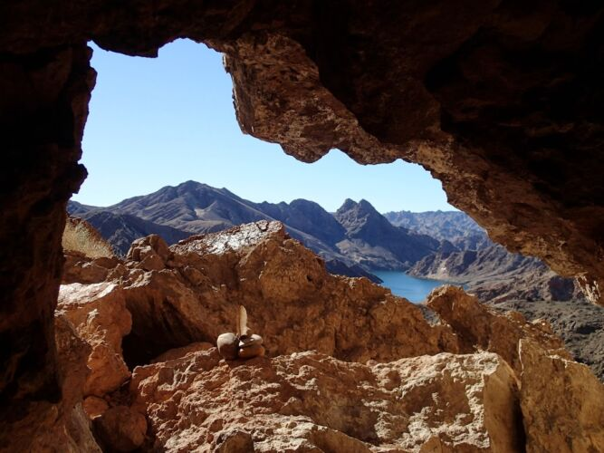 view-from-inside-queho-cave